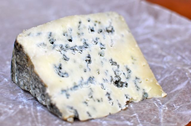 Bleu Benedictin Cheese