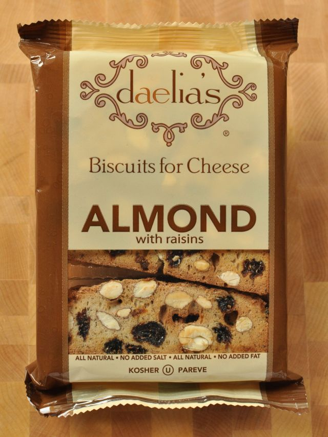 Daelia's Almond Raisin Biscuits for Cheese